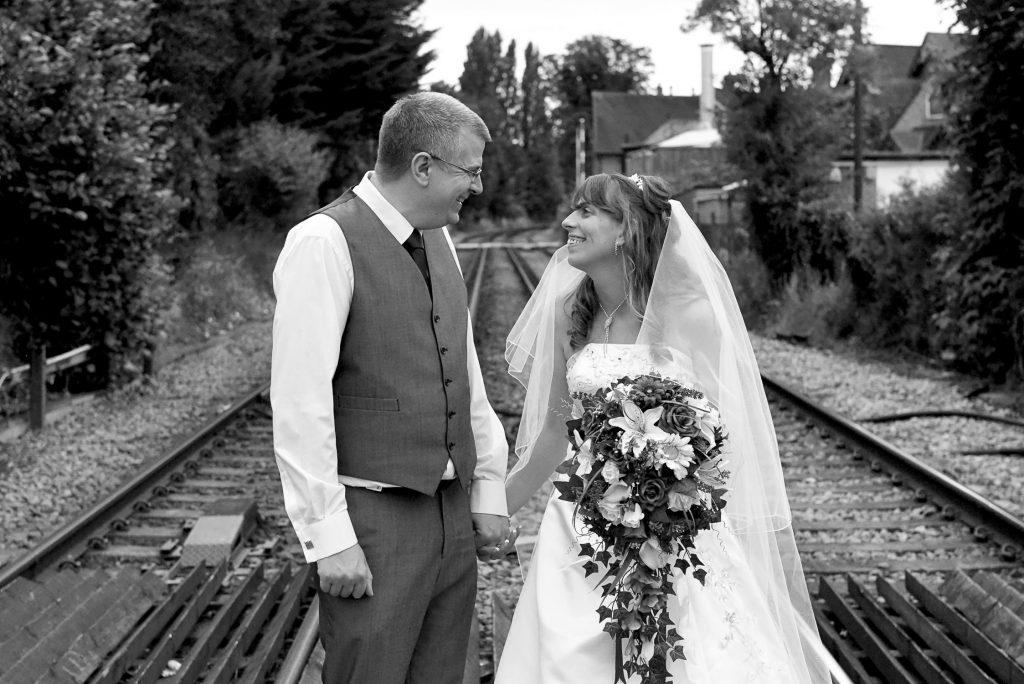 natural wedding photographers berkshire