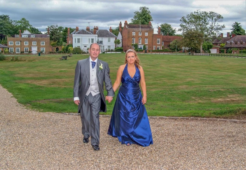 wedding photographers gerrards cross