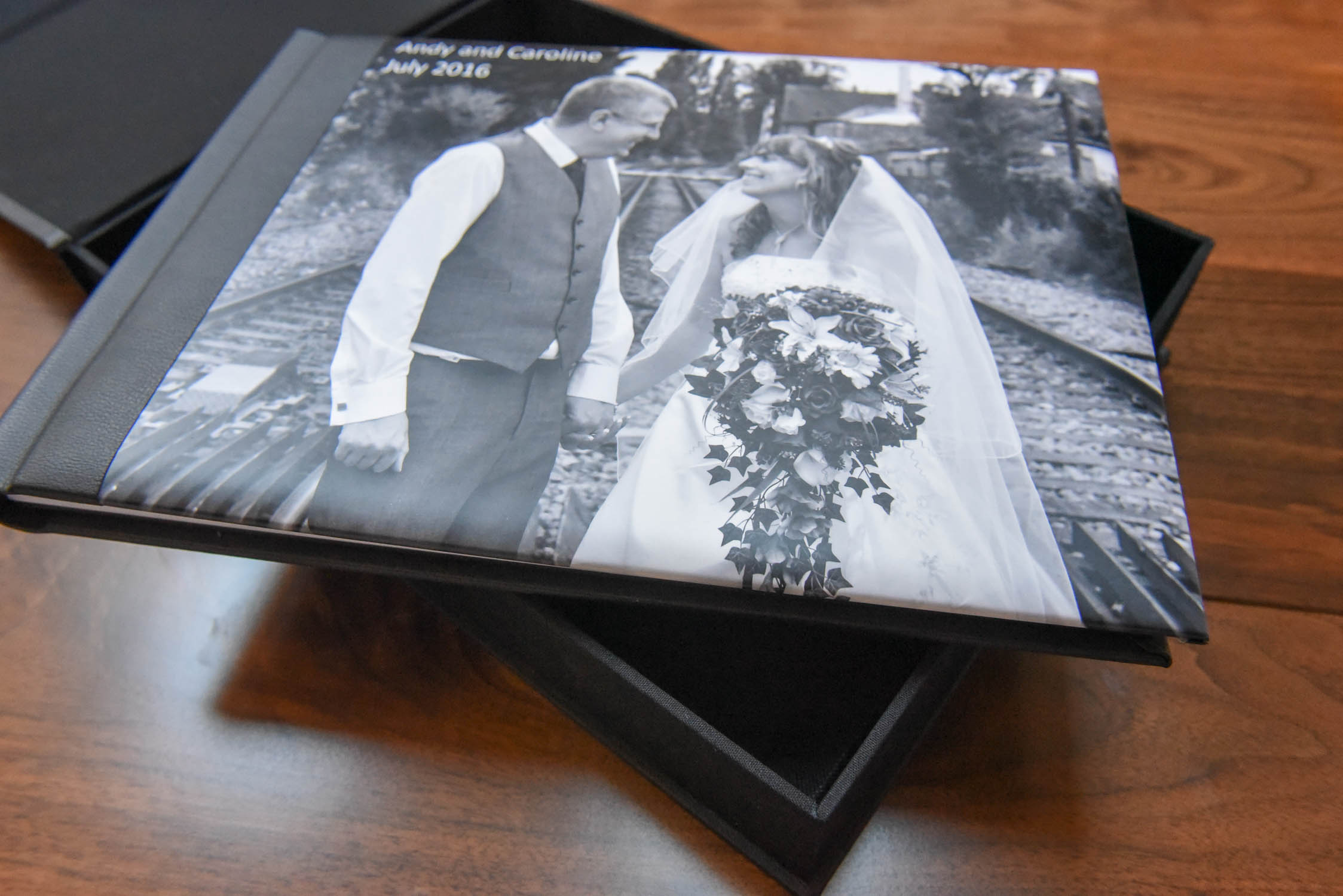 wedding album photographers berkshire